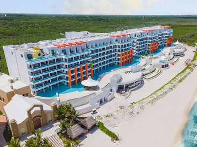 Nickelodeon Hotels & Resorts Riviera Maya Beachfront building overview
